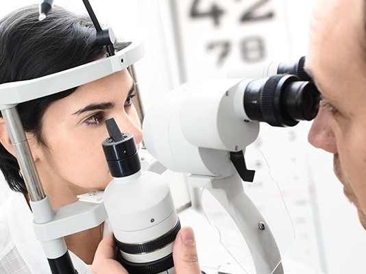 Exploración de fondo de ojo